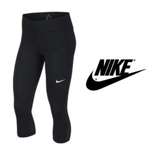 Nike Womens Victory Workout Black Capris Sz XL NWT